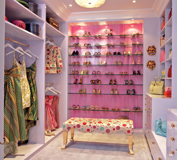 Attirant Most U201cHomes Of The Richu201d Have Huge Walk In Closets. However, Not All Of  Them Have AMAZING Over The Top, Luxurious Ones With Custom Built Ins.