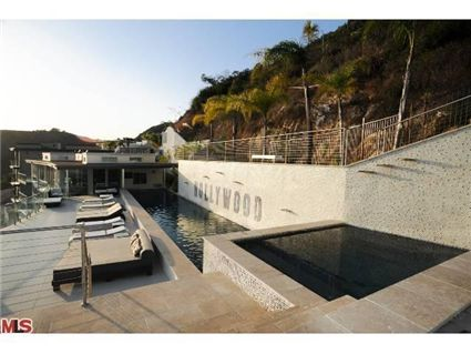 16,000 Square Foot Contemporary New Build In Los Angeles, CA