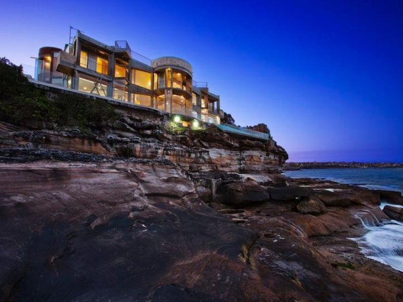 Oceanfront Contemporary In New South Wales, Australia