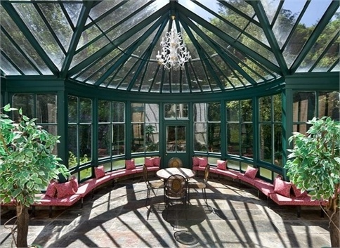 Wallhouse Mansion In Scotland