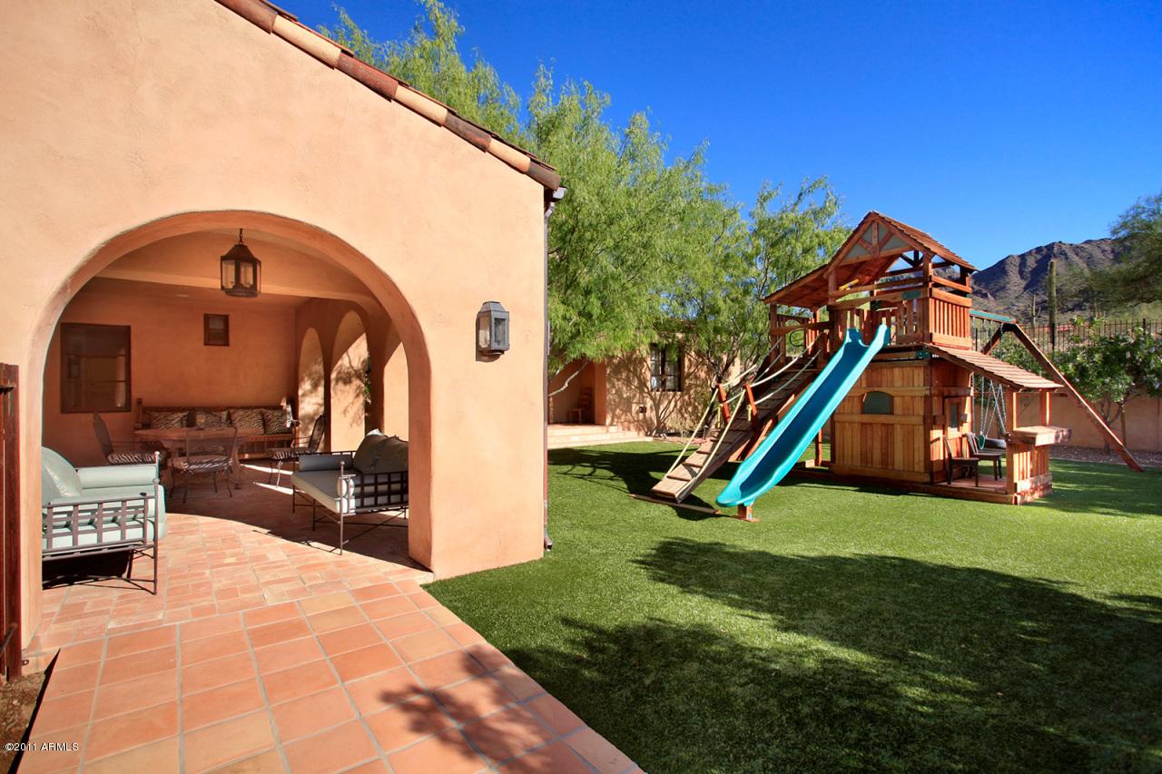Gorgeous Silverleaf Custom Home In Scottsdale, AZ