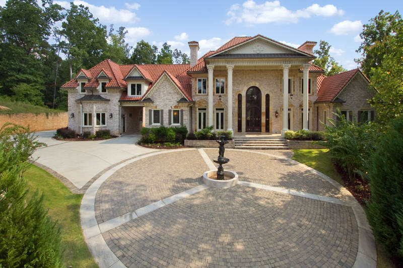 22 000 square foot foreclosure in atlanta ga homes of for Foreclosed mansions in florida