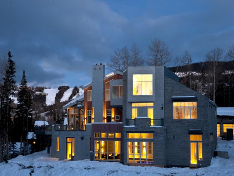 $18.5 Million Contemporary New Build In Telluride, CO