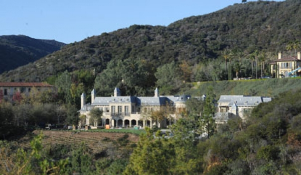 Tom Brady And Gisele Bundchen's Brentwood, CA Mega Mansion Almost Completed