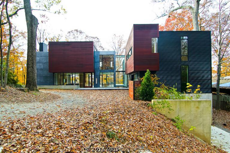 10 000 Square Foot Contemporary Home In Bethesda MD