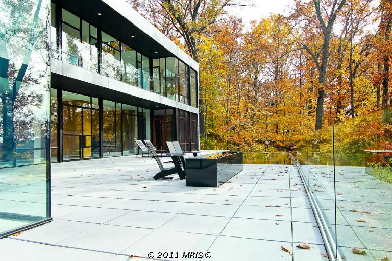 10,000 Square Foot Contemporary Home In Bethesda, MD