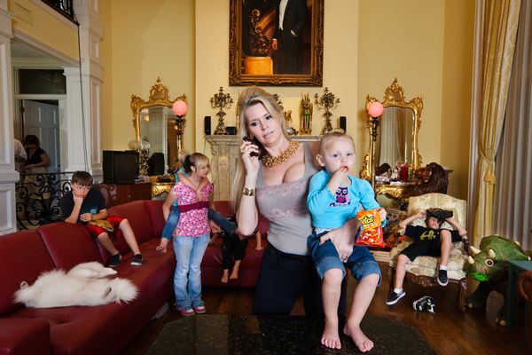 """The Queen of Versailles"" – A Documentary On The Siegel's 90,000 Square Foot Super Mansion"