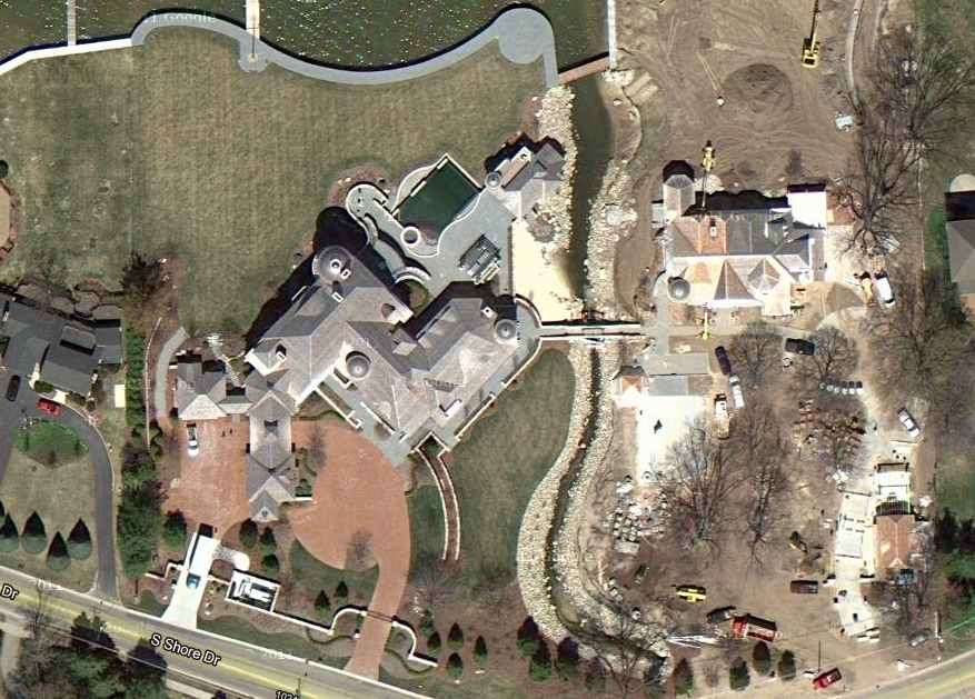 Amway Heir Dick DeVos' 22,000 Square Foot Michigan Mansion