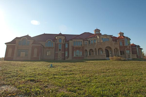 24,000 Square Foot Unfinished Wisconsin Mega Mansion Sells ...