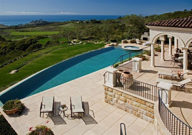 12 5 Million Tuscan Mansion In Santa Barbara Ca Homes Of The Rich