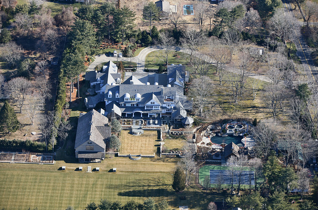 A Healthy Dose Of Mega Mansion Porn Homes Of The Rich