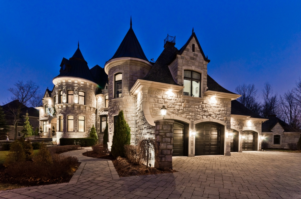 Million castle inspired home in quebec canada for Style at home canada