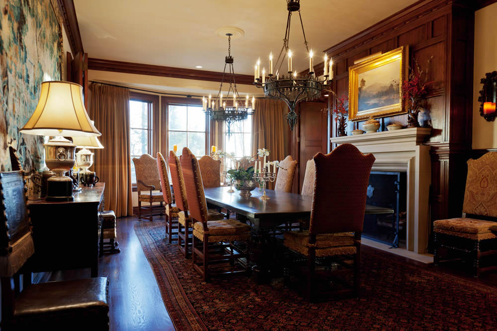 5a dining room with fireplace 1 homes of the rich