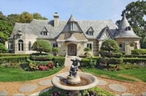 Charming Waterfront English Manor Home In Winnetka IL