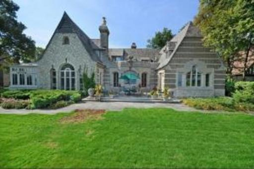 Charming Waterfront English Manor Home In Winnetka, IL