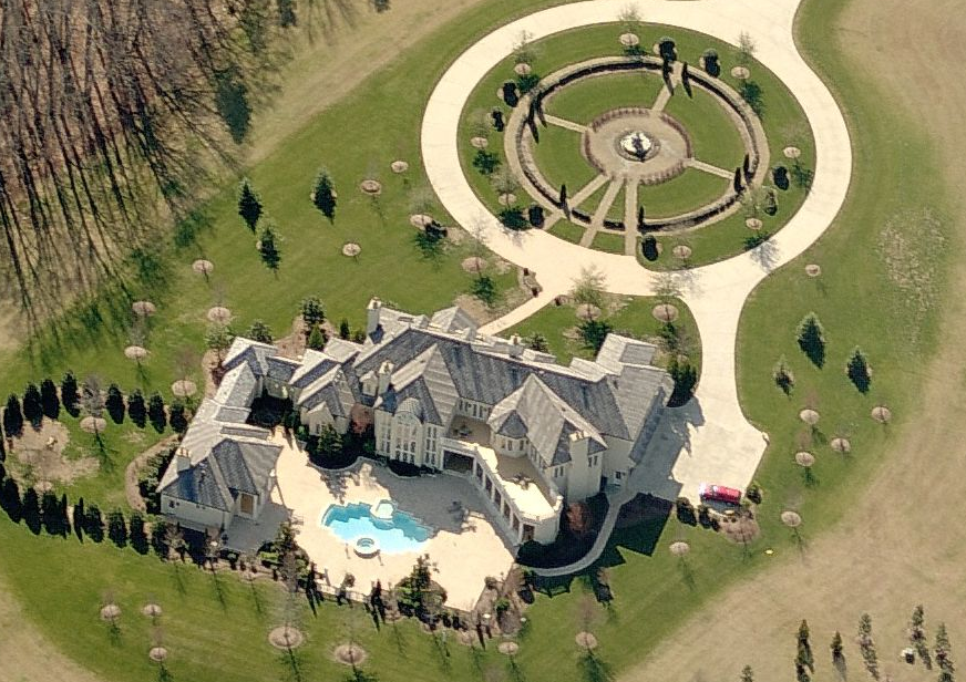 A Look At Some Mansions 46 Homes Of The Rich