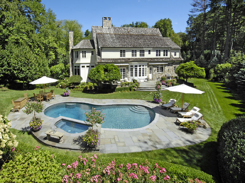 $6.895 Million Stone and Shingle Home In Greenwich, CT
