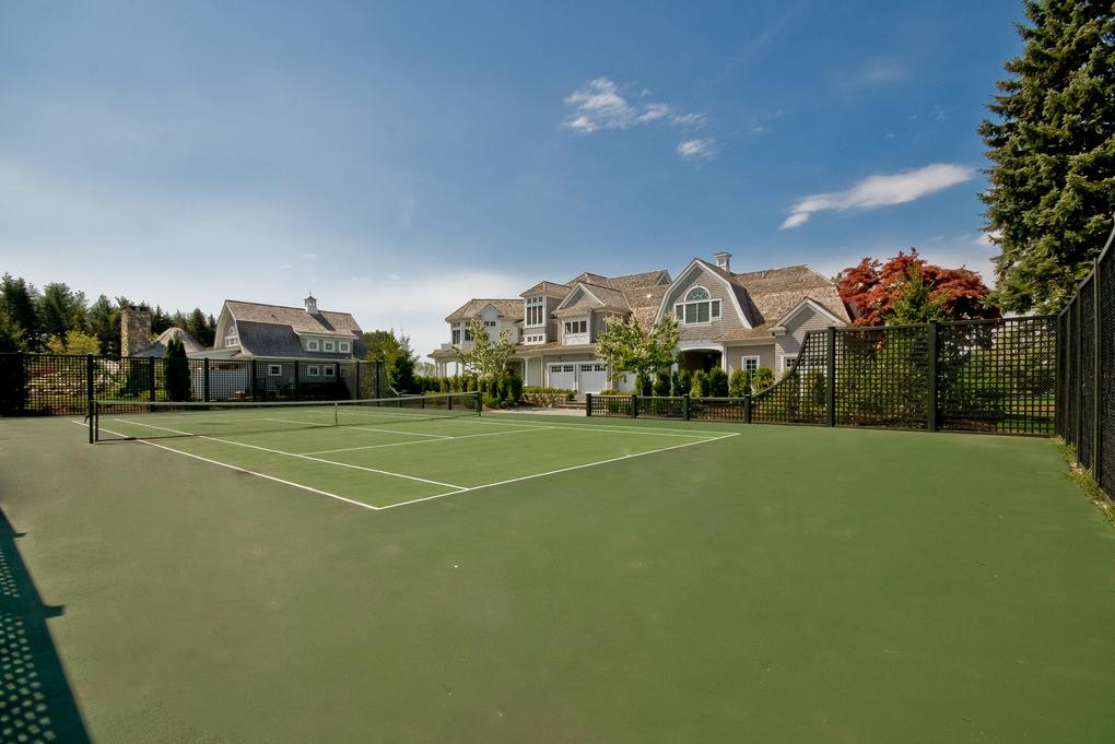$8.75 Million Wilton, CT Estate With Regulation Size Indoor Basketball Court