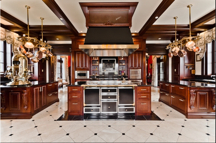 Poll: Battle of the Celebrity Kitchens | Homes of the Rich