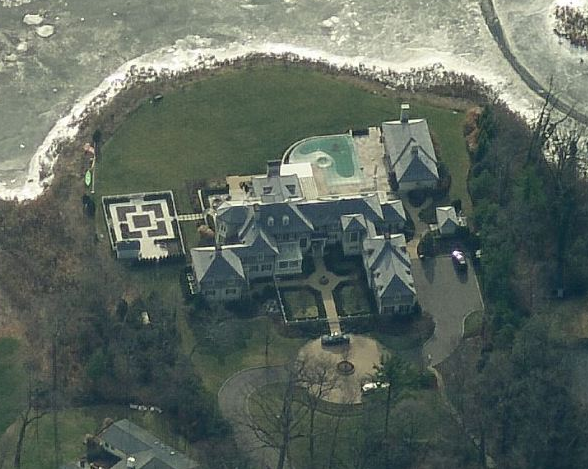 A Look At Some Mansions 48 Homes Of The Rich