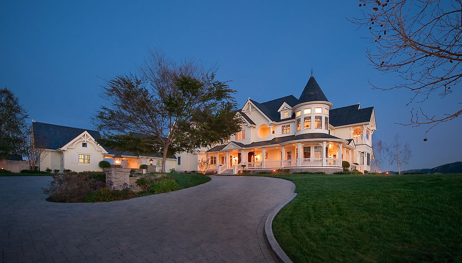 Queen Anne Victorian Mansion In Thousand Oaks Ca Sells At
