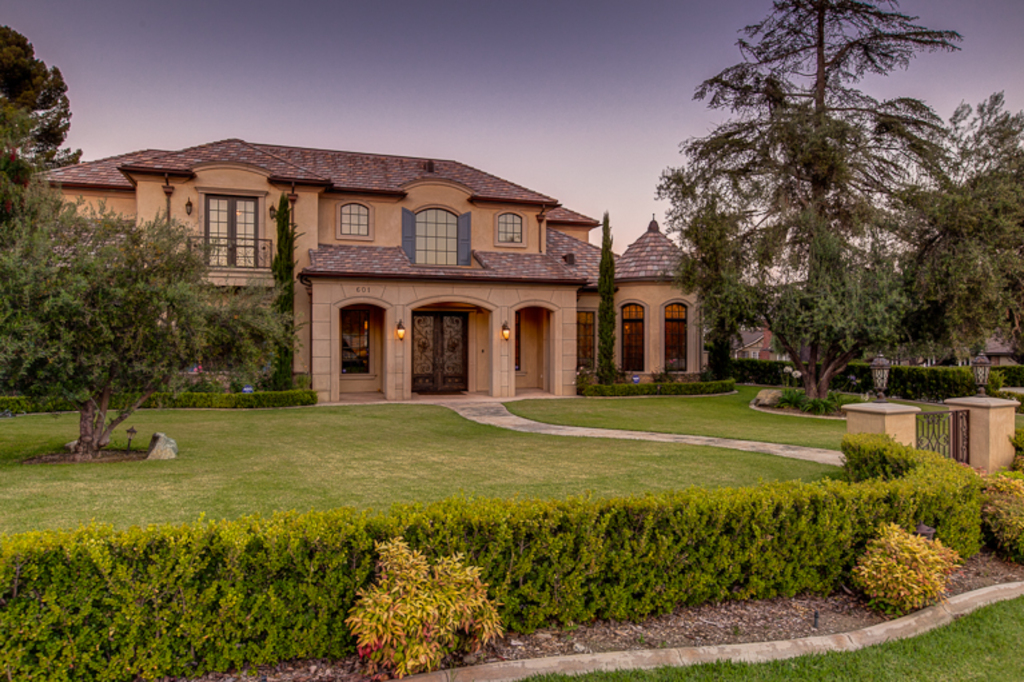 French Manor New Build In Arcadia Ca With Separate Indoor