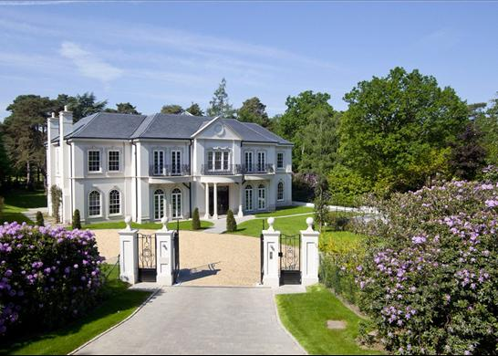 Newnham A 15 700 Square Foot New Build In Surrey Uk