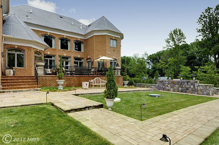 $5.5 Million Stately Brick Mansion In Great Falls, VA