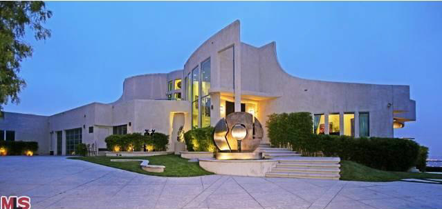 22 Million Modern Mansion In Los Angeles Ca Homes Of