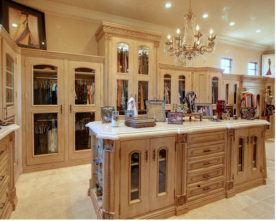 A Look At Some Master Closets From Houzz Com Homes Of