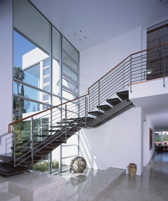 A Look At Some Grand Foyers From Houzz.com