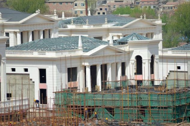 Community Of 39 Palladian Mega Mansions Being Built In Beijing