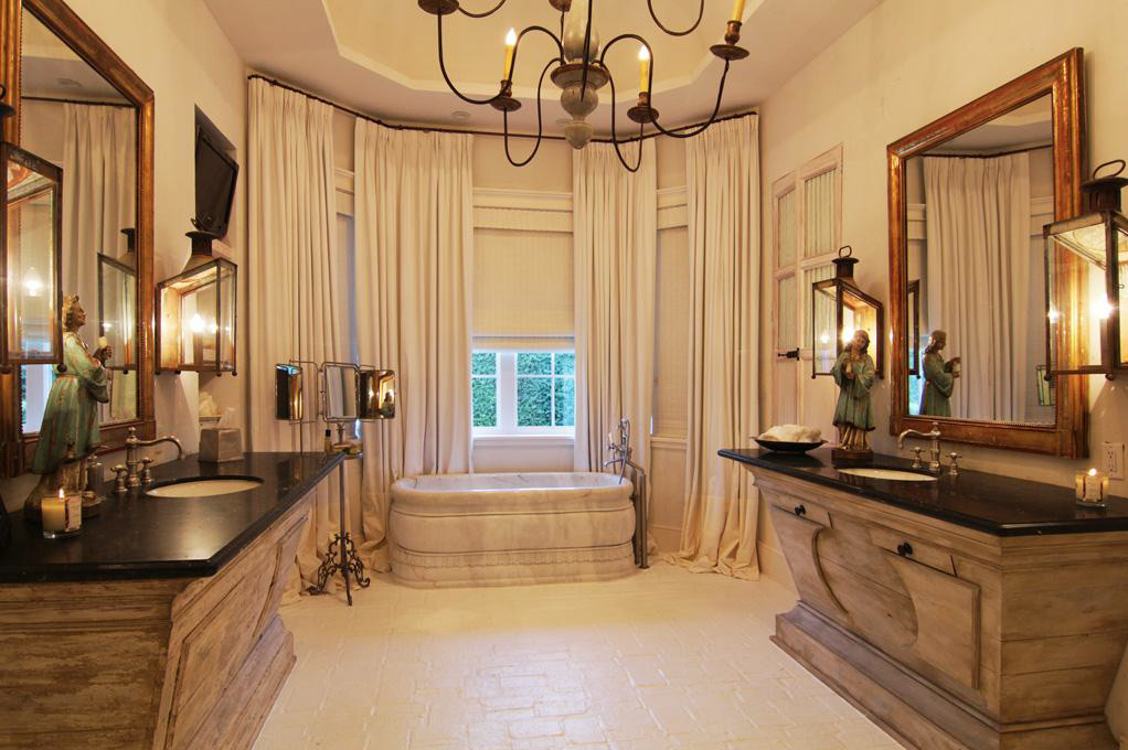 $8.5 Million Country Style Mansion In Sugar Land, TX