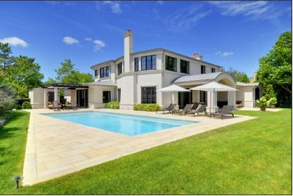 $14.95 Million Contemporary Villa In Water Mill, NY