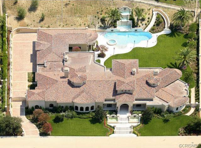 9 995 Million Mediterranean Mansion In Calabasas Ca Homes Of The