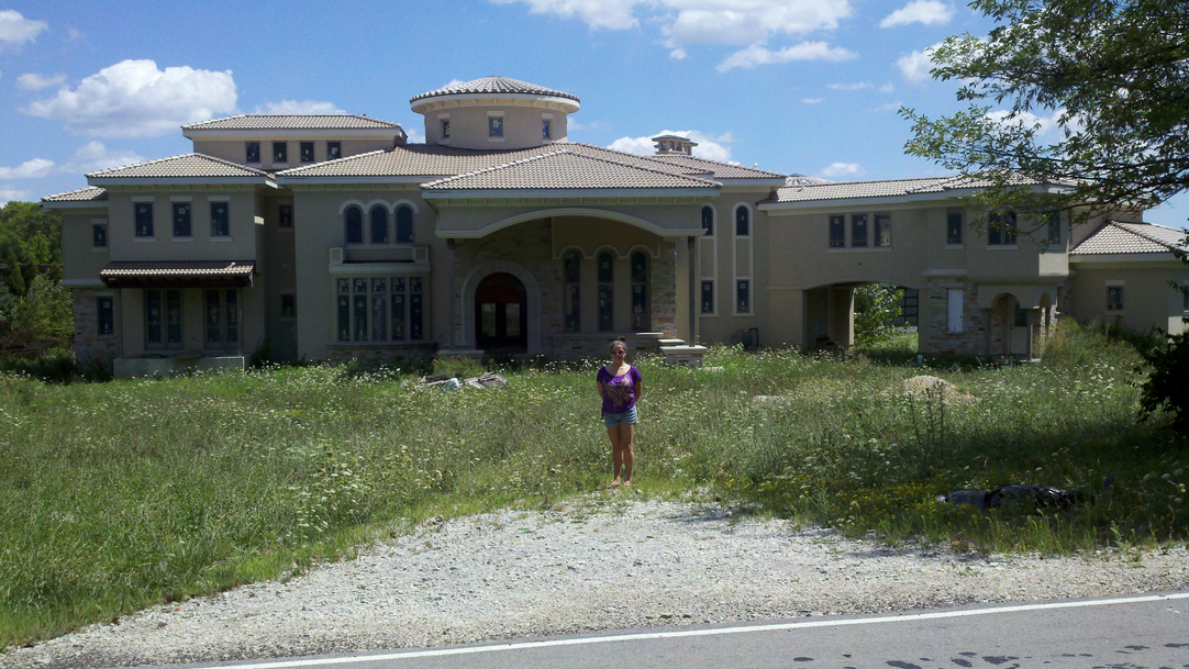 A HOTR Reader Standing In Front Of Their Favorite Mansions!