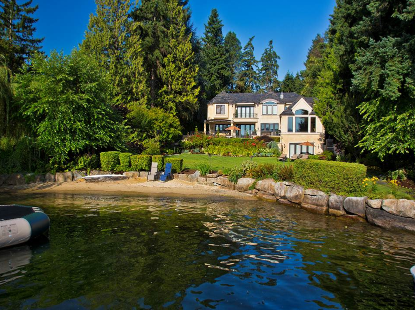 $11.7 Million Waterfront Home In Hunts Point, WA