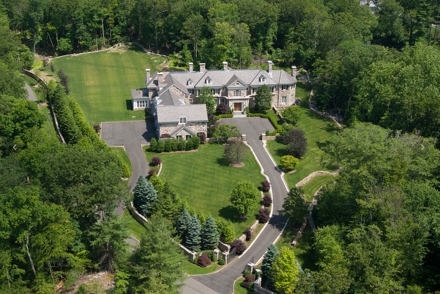 My Tour Of The Lake Carrington Estate In Greenwich Ct Homes Of The Rich