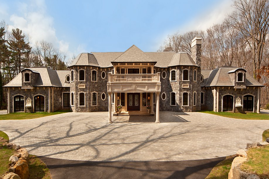 More pics of 105 chestnut ridge in saddle river nj along for Nj house builders