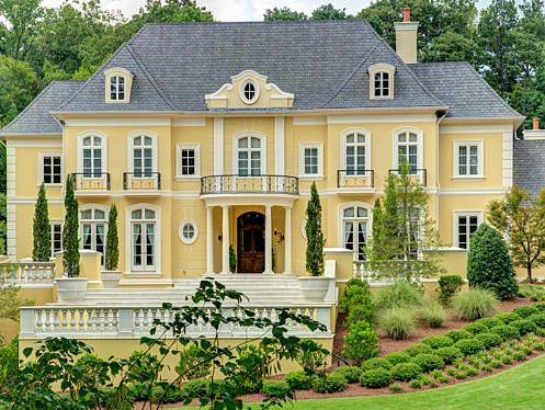 Luxury Traditional And Modern Homes For Sale In London For The Super Rich All Over 30m also Beautiful Design Of Big Kitchen In Natural Colors furthermore Services as well 5 Tips Para Integrar La Sala Y El  edor in addition davesdoors co. on french country office design