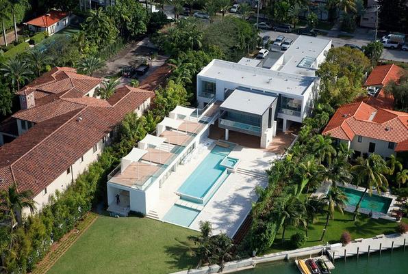 $16.5 Million Modern New Build In Miami Beach, FL