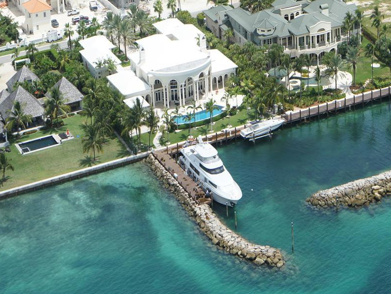 $14.5 Million Waterfront Estate In The Bahamas