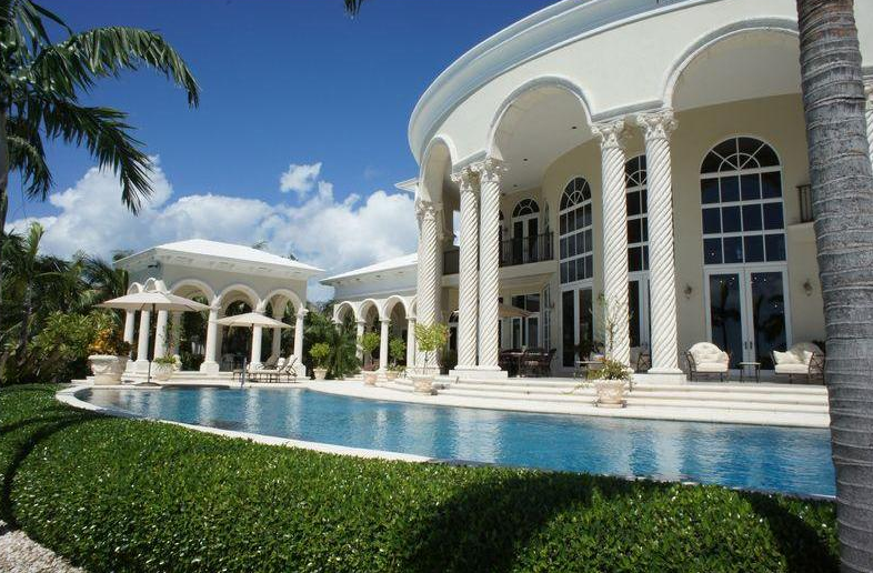 14 5 Million Waterfront Estate In The Bahamas Homes Of