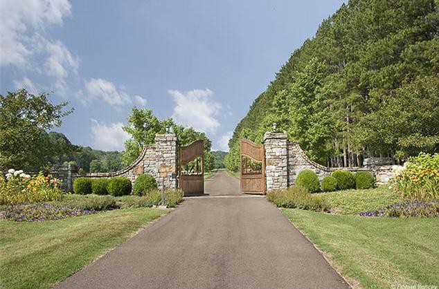 $19.9 Million 800 Acre Gated Estate In Franklin, TN