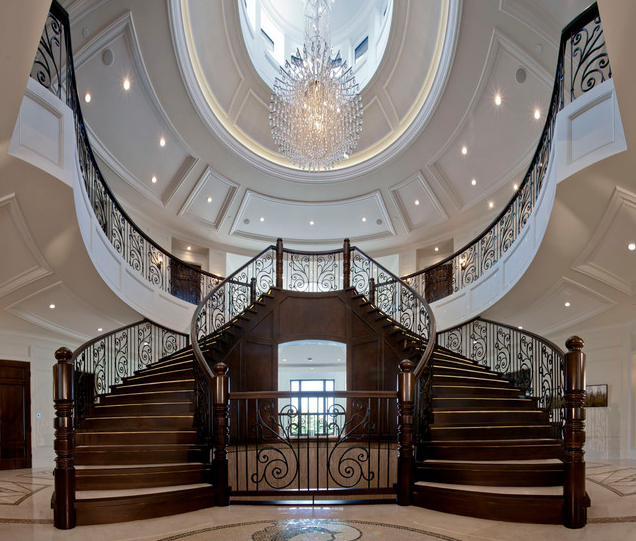 A look at some beautiful staircases homes of the rich for Luxury staircase