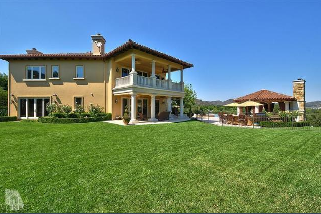 10 000 square foot mediterranean mansion in thousand oaks for 10000 square feet to acres