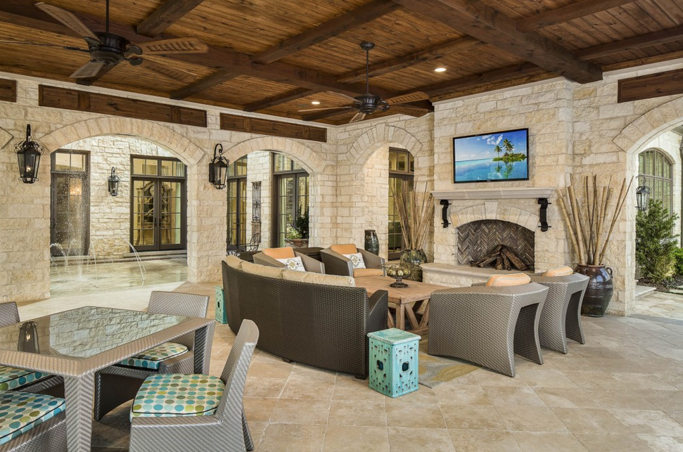 A Look At Some Covered Patios From Houzz.com