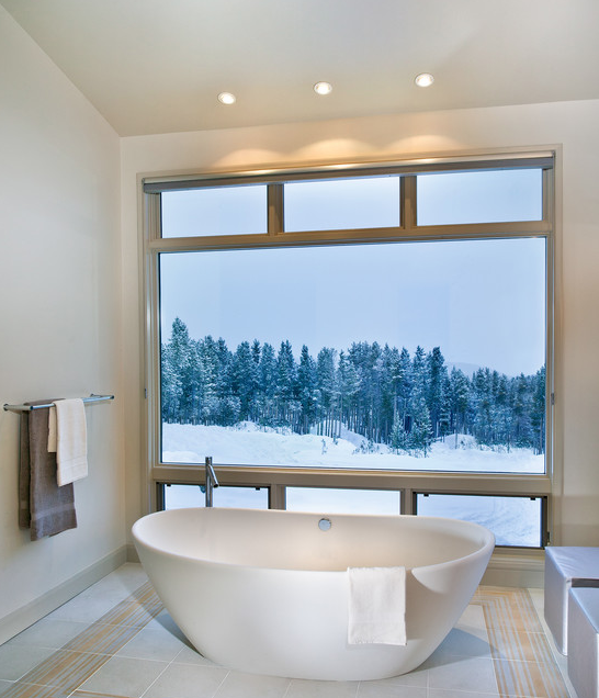 A Look At Some Stand Alone Soaking Tubs From Houzz.com
