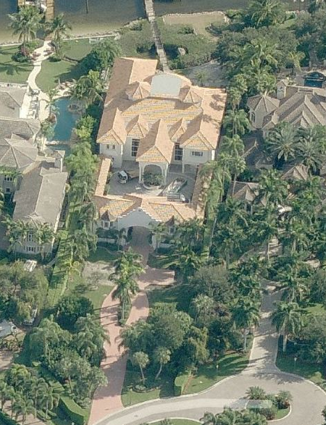 $12.5 Million Waterfront Mansion In Palm Beach Gardens, FL