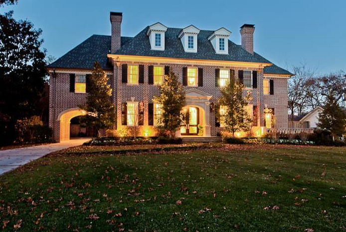 11 000 Square Foot Traditional Mansion In Dallas Tx